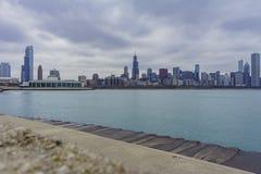 芝加哥和密歇根湖Skyscapers和skylin从Milenniu 免版税图库摄影