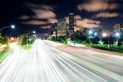 芝加哥在晚上 库存图片