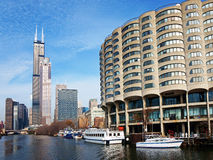 芝加哥市,从河的看法 免版税图库摄影