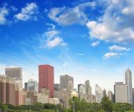 芝加哥,伊利诺伊。 在日落的美好的城市地平线 库存图片