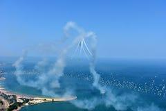 芝加哥,伊利诺伊-美国- 2017年8月19日:芝加哥空气和水 库存照片