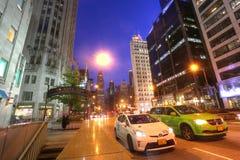 芝加哥,美国, 7月7日:芝加哥市中心POV在芝加哥,美国o 库存图片