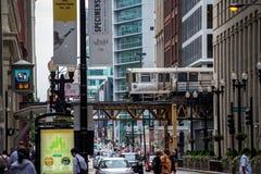 芝加哥,美国, 8月10日2017人未经预约而来在池氏街道  免版税库存照片