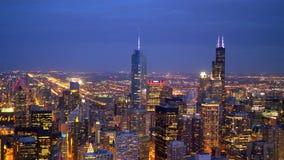 芝加哥citylights在夜-鸟瞰图之前 股票视频