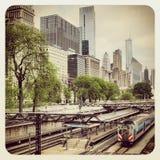 芝加哥CTA公共汽车和火车 免版税库存照片