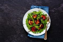 芝麻菜虾沙拉 库存照片