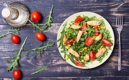 芝麻菜新鲜的沙拉 免版税库存图片