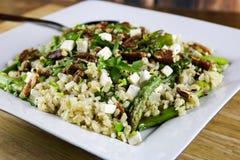 芦笋沙拉用糙米 库存照片