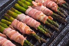 芦笋用烟肉 库存照片