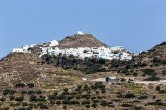 芦粟海岛,基克拉泽斯,希腊美丽如画的镇  免版税库存照片