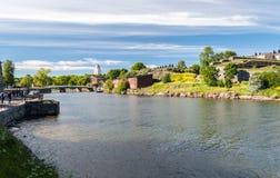 芬兰堡,海夏天视图在赫尔辛基芬兰附近的堡垒 免版税库存图片