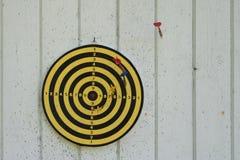 芬兰掷镖的圆靶比赛 免版税库存照片