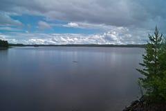 芬兰自然,湖Saimaa看法风景  图库摄影