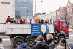 芬兰高中学生和Penkkari传统 免版税库存图片