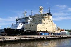 芬兰破冰船暑假 免版税库存照片