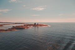 芬兰Aland,外部玛丽港是老导航站Kobba Klintar 现在那里几天是在海岛上的一个博物馆 免版税库存图片