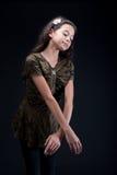芭蕾女孩她姿势实践 库存照片