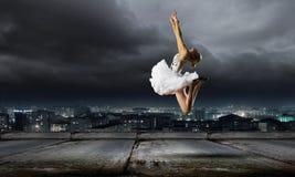 芭蕾舞女演员女孩 库存照片