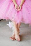芭蕾舞女演员芭蕾舞短裙的小女孩 库存照片