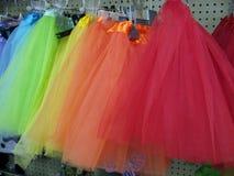 芭蕾舞短裙在商店显示 免版税库存图片