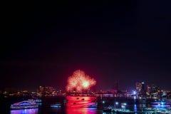 芭达亚国际烟花节日 库存照片