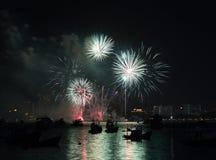 芭达亚国际烟花节日 图库摄影
