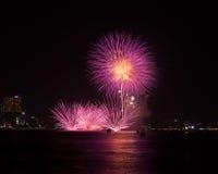 芭达亚国际烟花节日 库存图片