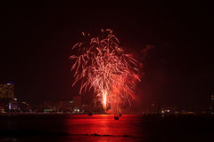 芭达亚国际烟花节日 免版税库存照片