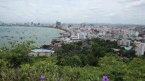 芭达亚海湾和市鸟瞰图自白天 股票录像