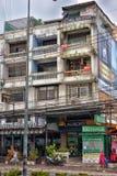 芭达亚街道有电线的一个巨大数目的 免版税库存图片
