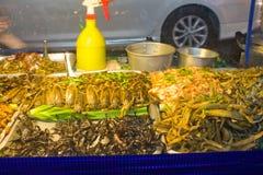 芭达亚,泰国, 2014年1月17日,泰国食物,地方摊贩 免版税库存照片