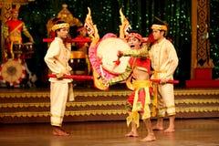 芭达亚,泰国-传统泰国显示12月2012年, 免版税库存图片