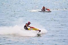 芭达亚, THAILAND-DECEMBER 9 :在喷气机滑雪泰王杯世界杯格兰披治的竞争者2012年 库存图片