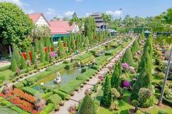 芭达亚, ThailandNong :Nooch热带庭院desig 库存图片
