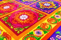 花卉圣周地毯,安提瓜岛,危地马拉特写镜头  免版税库存照片