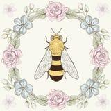 花卉框架和蜂在板刻样式 库存图片