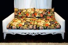 花卉沙发 免版税库存图片