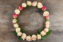 花卉花圈框架 免版税库存照片