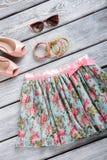 花卉裙子和镯子集合 库存图片