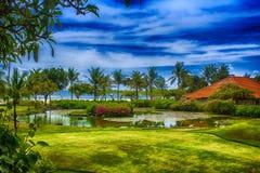 花园在海边 免版税库存照片