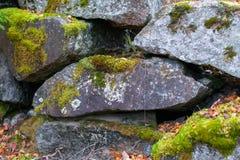 花岗岩冰砾墙壁  免版税库存照片