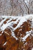 花岗岩和雪 免版税图库摄影
