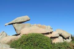 花岗岩岩层在Ploumanac 免版税库存照片