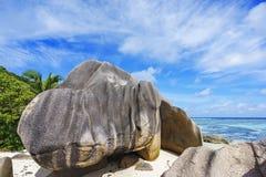 花岗岩晃动在海滩, anse银来源d的`, la digue,塞舌尔群岛 免版税库存照片
