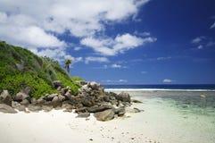 花岗岩晃动在Anse Forbans,塞舌尔群岛海滩  库存图片