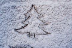 花岗岩的表面的抽象背景在雪的 免版税库存照片