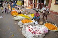 花市场,加尔各答,印度 免版税库存照片