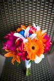 花束五颜六色的婚礼 免版税库存照片