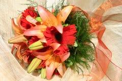 花束明亮的婚礼 图库摄影