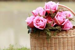 花束桃红色玫瑰 库存照片